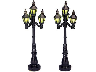 Old English Street Lamp